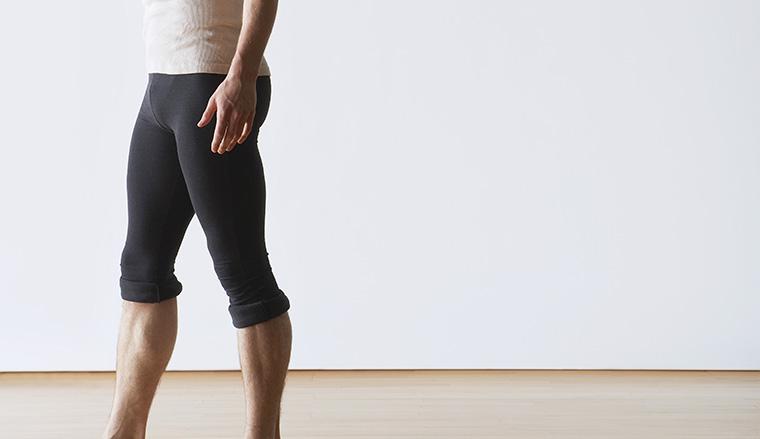 ボディービルダーは何故トレーニング中にスパッツ(コンプレッションタイツ)を履くのか? スパッツの効果とは?