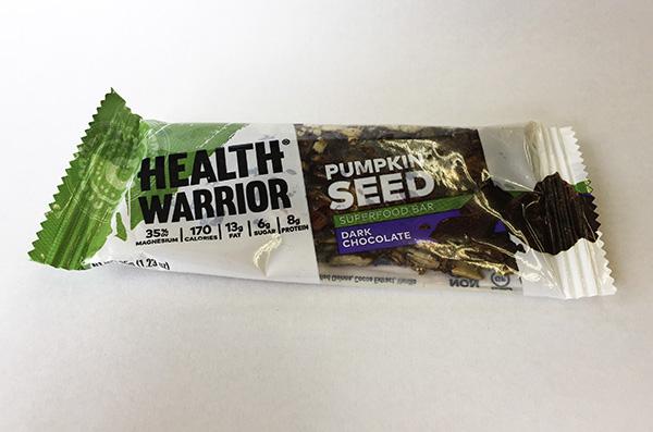 ヘルス ウォーリアー(Health Warrior)の「パンプキン シードバー」を食べてみた感想をレビューします!