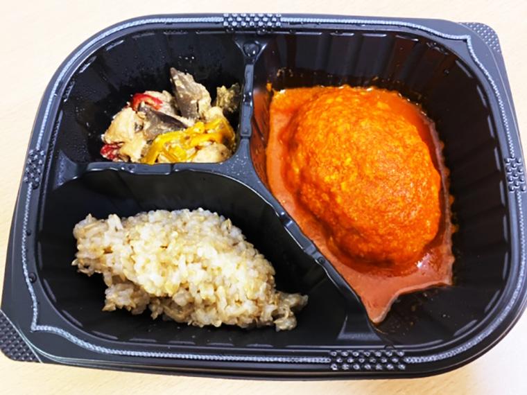 豆腐ハンバーグと味噌炒めセットの味はどう?