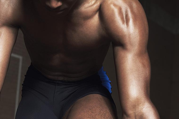ピープロテインとホウェイプロテイン:どっちの方が筋肉の成長にいい?